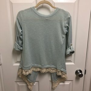 Lily Star Top